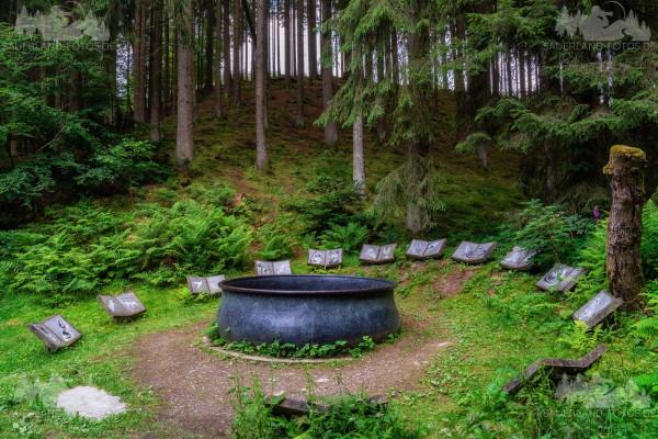 Hexenplatz Waldskulpturenweg 1
