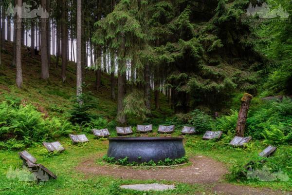 Hexenplatz Waldskulpturenweg 2