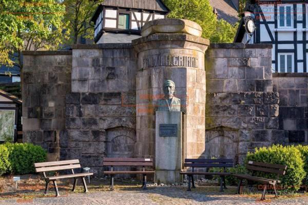 Grimme-Denkmal in Assinghausen 1